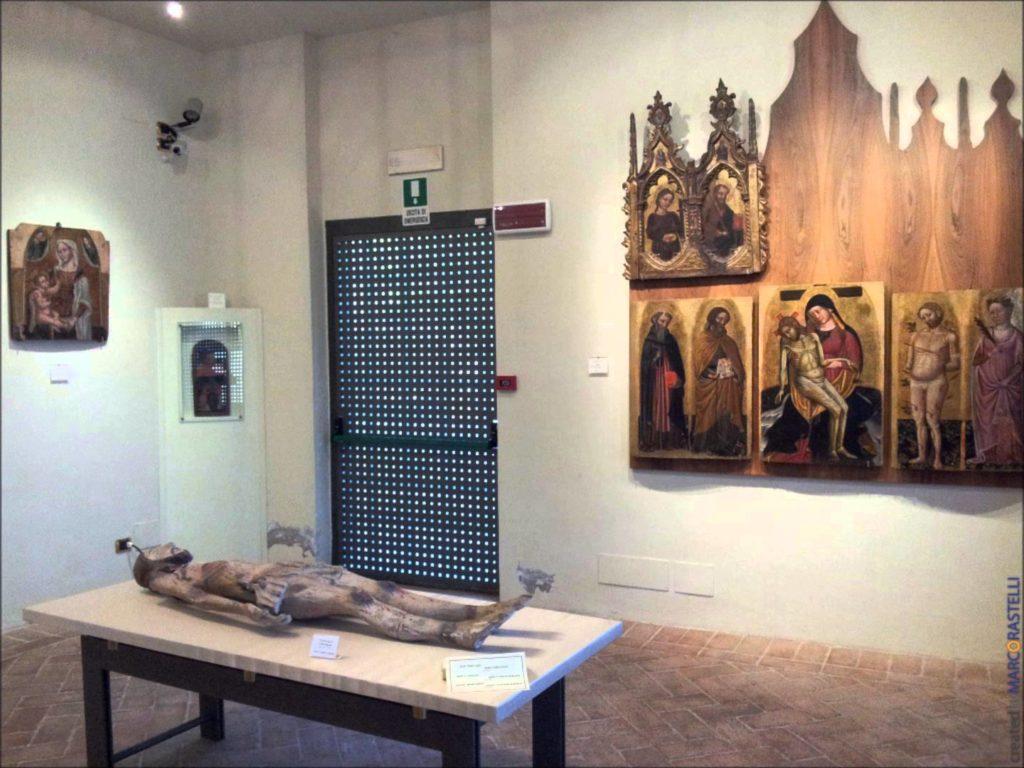 Museo Diocesano è ubicato a fianco della Cattedrale Metropolitana